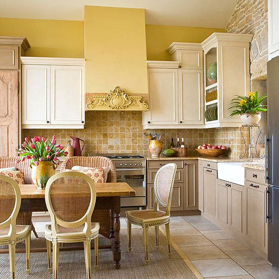 New Country Kitchen Designs: Must-See Eat-In Kitchens