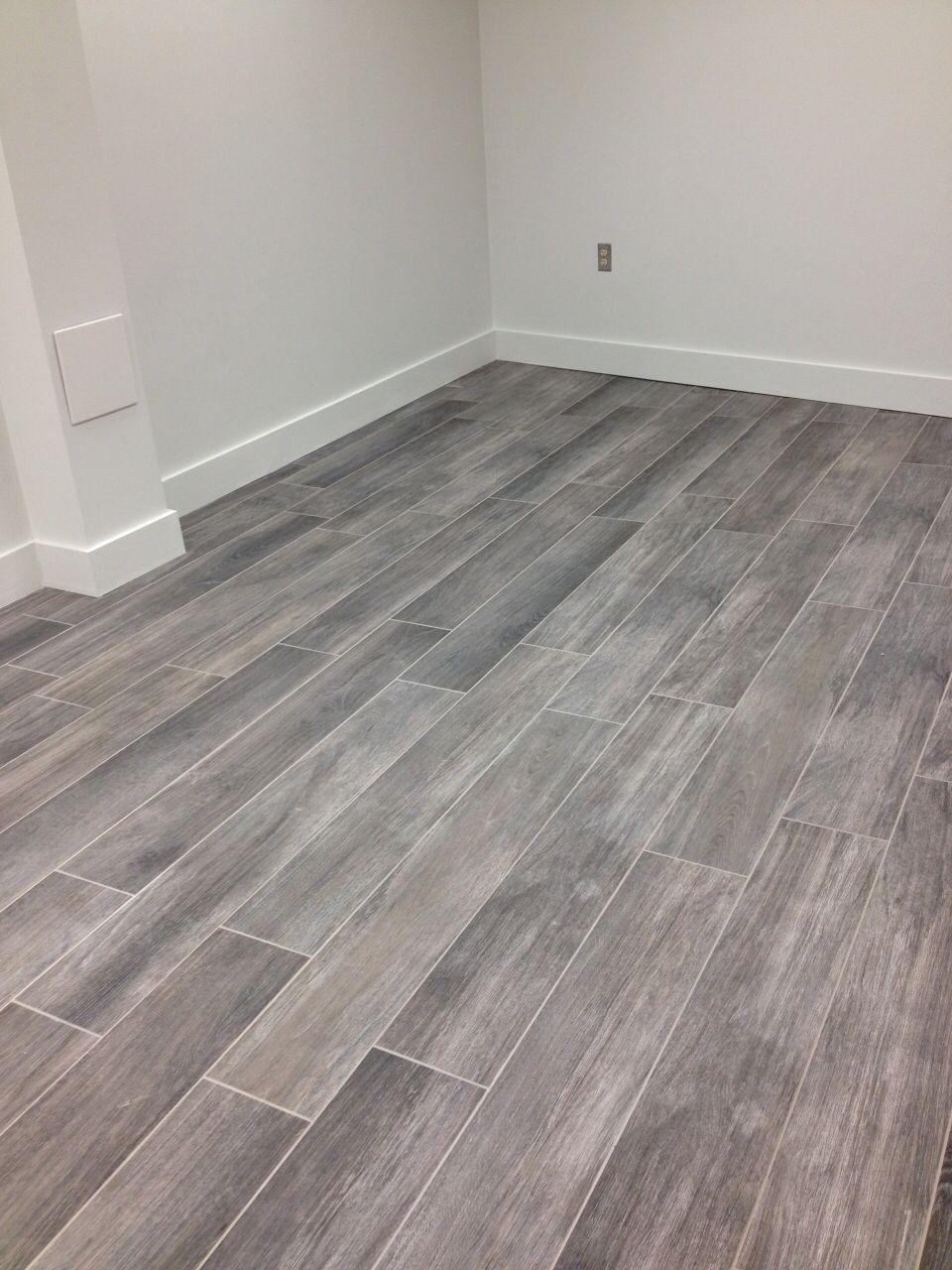 Porcelain grey wood tile Gray wood tile flooring, Grey