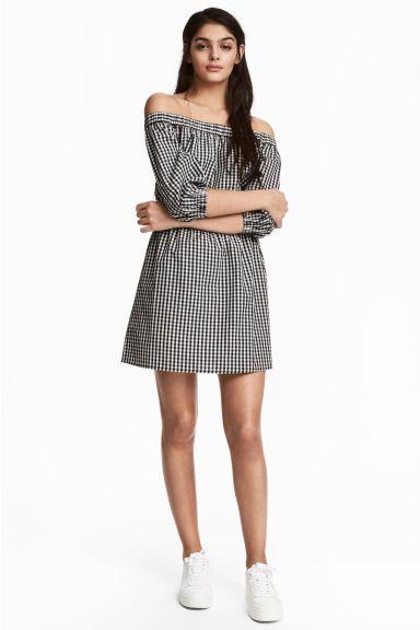 28796ec648 Sukienka z odkrytymi ramionami