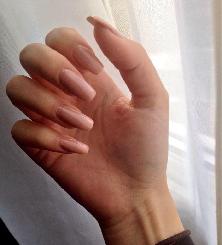 Folloω me @SEDAxALIYA   nails //   Pinterest   Makeup, Nude nails ...