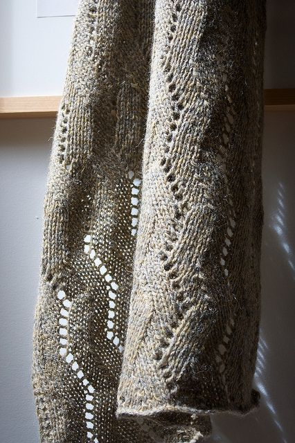 Free Pattern: Herringbone Lace Wrap | Knitting | Pinterest | Chal ...