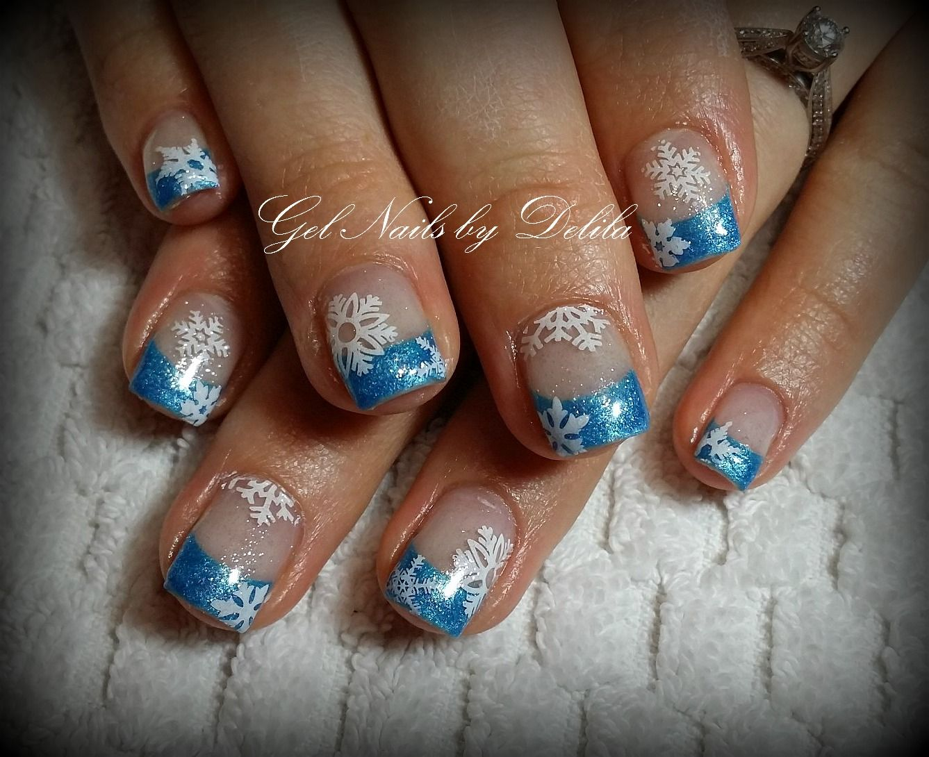 Pin by Dawn Voss on Christmas nail designs | Pinterest
