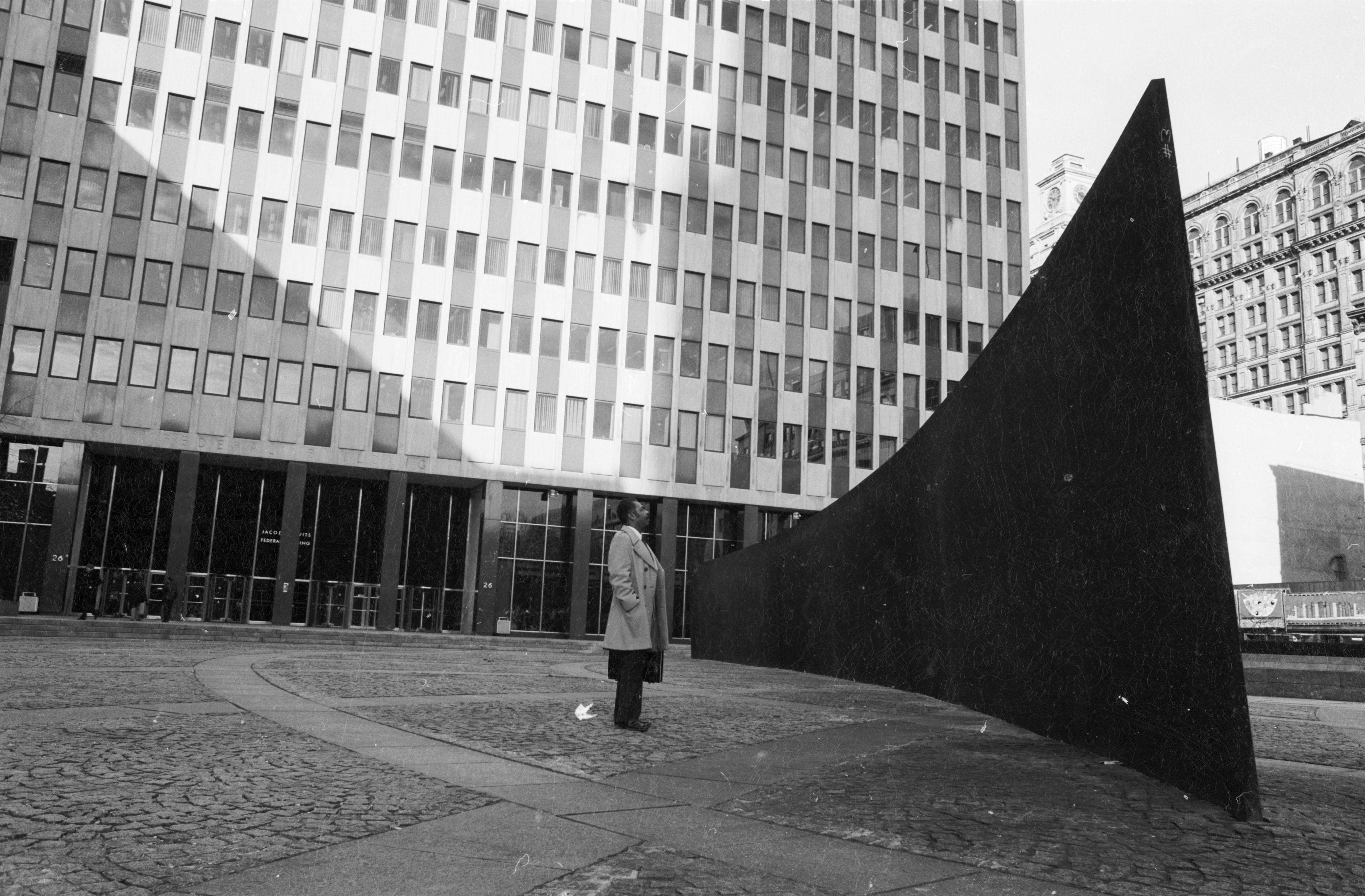 Public Art 1.0 | Richard serra, Public art and Contemporary art