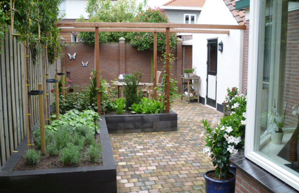 Verhoogde plantvakken 40 50 cm voor makkelijk onderhoud tuinontwerp pinterest tuin - Pergolas ijzeren smeden voor terras ...