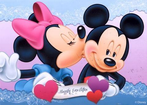 10 MORE Romantic Disney Moments