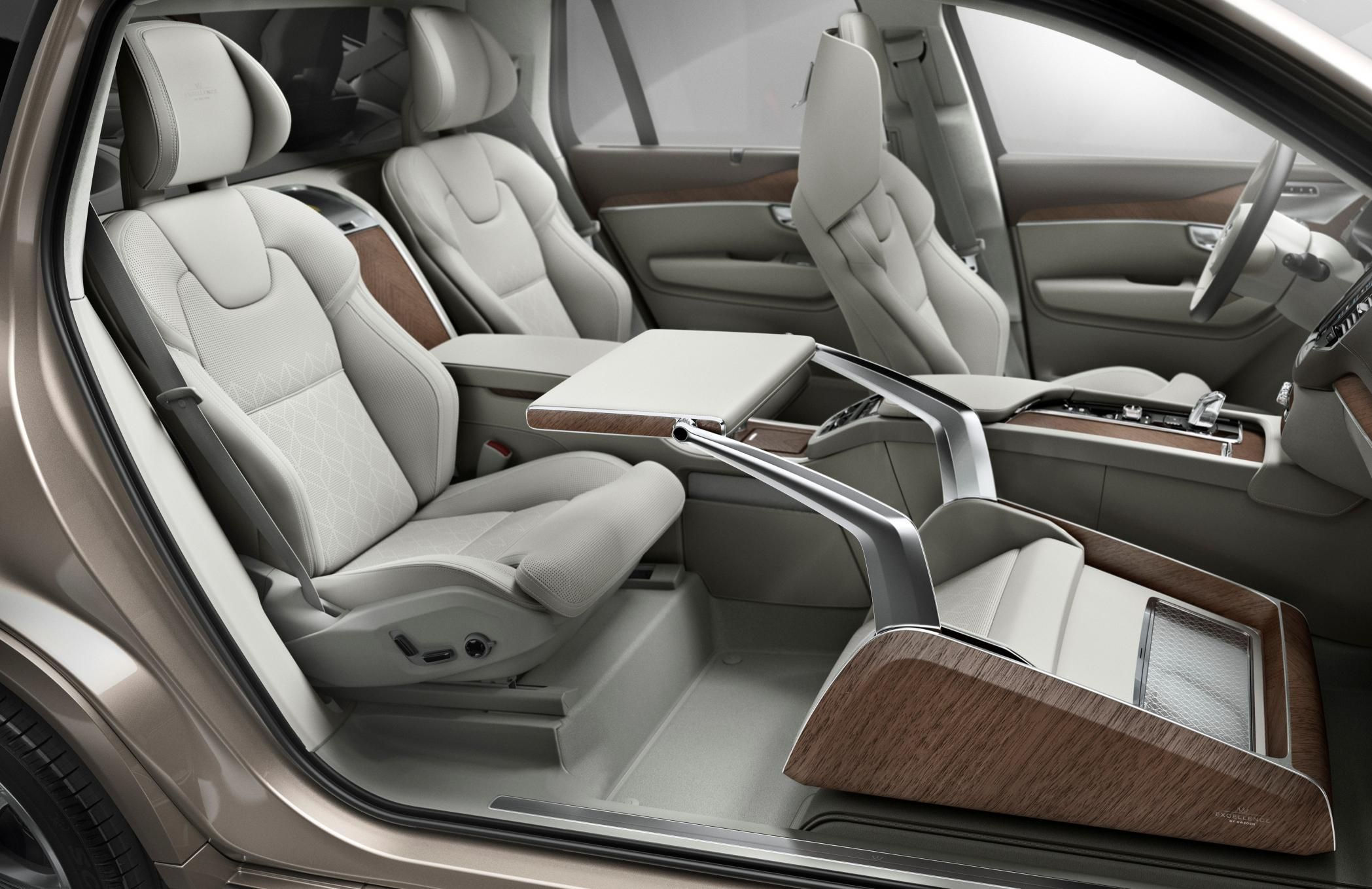 Volvo Xc90 Excellence Lounge Console Www Myautoworld Com