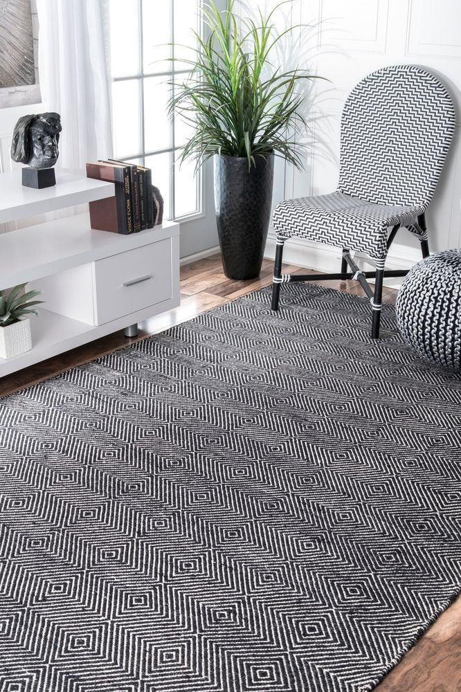 Nuloom Hand Made Modern Wool And Cotton Blend Area Rug In Black And White Contemporary Rugs Area Rugs Rugs Usa
