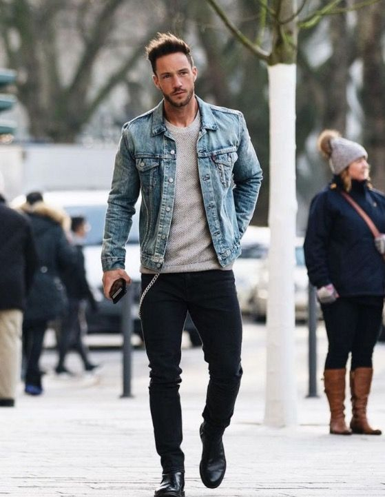 268d81d292d4e Pin by maria ricciardi on guys in jeans