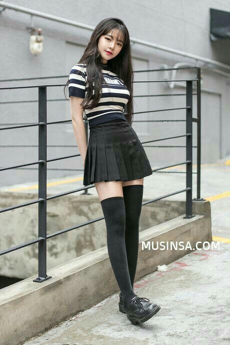 One Of My Favourites Just Love Those Tennis Skirts Korean Fashion Dress Fashion Korean Street Fashion