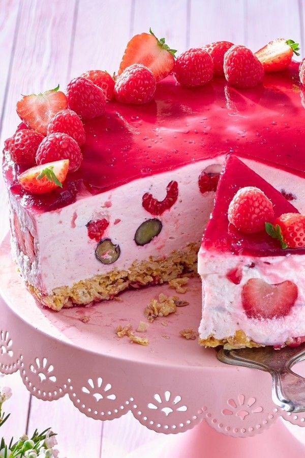 Frische Beeren-Quark-Torte aus dem Kühlschrank