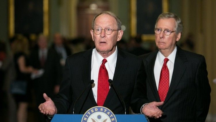 Bipartisan senators reach small deal on health care — CNN ...