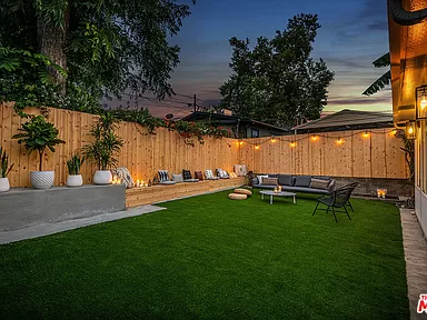 1006 N Rampart Blvd Los Angeles Ca 90026 Zillow In 2020 Zillow Los Angeles Outdoor Space