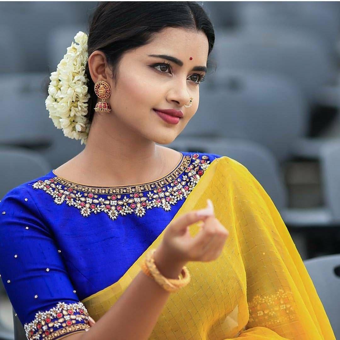 Saree blouse design pattu so perfect combo with a beautiful blouse design  blouse pattern s