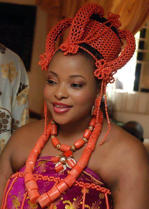 Nigerian wedding African dresses Edo wedding attire #Traditional, #headgear, #Nigeria