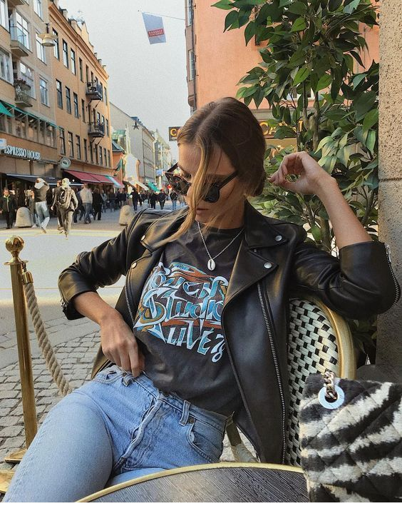 Leather jacket and t-shirt #leatherjacketoutfit