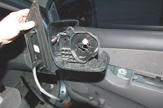 Sweet Write Up On Replacing A Broken Mirror On Your Meenee Van Broken Mirror Side Mirror Mirror
