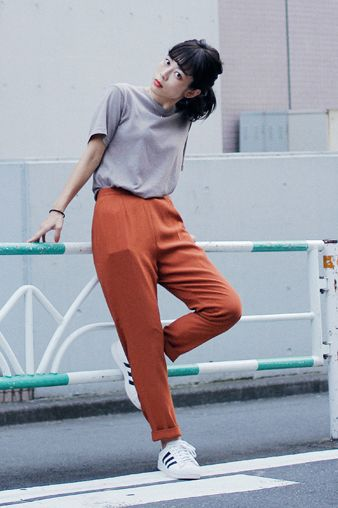 droptokyo | adidas sneakers and high waisted pants | street style inspiration