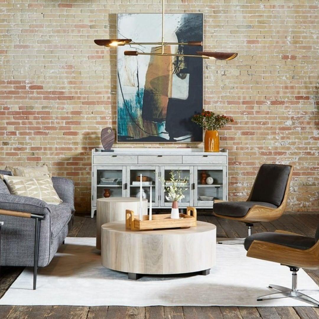 Instagram Theparkergwen In 2020 Living Room Coffee Table Vintage Sideboard [ 1080 x 1080 Pixel ]