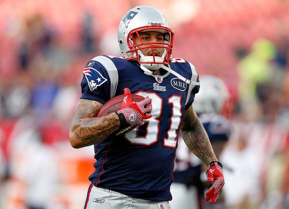 Aaron Hernandez in New England Patriots v Tampa Bay