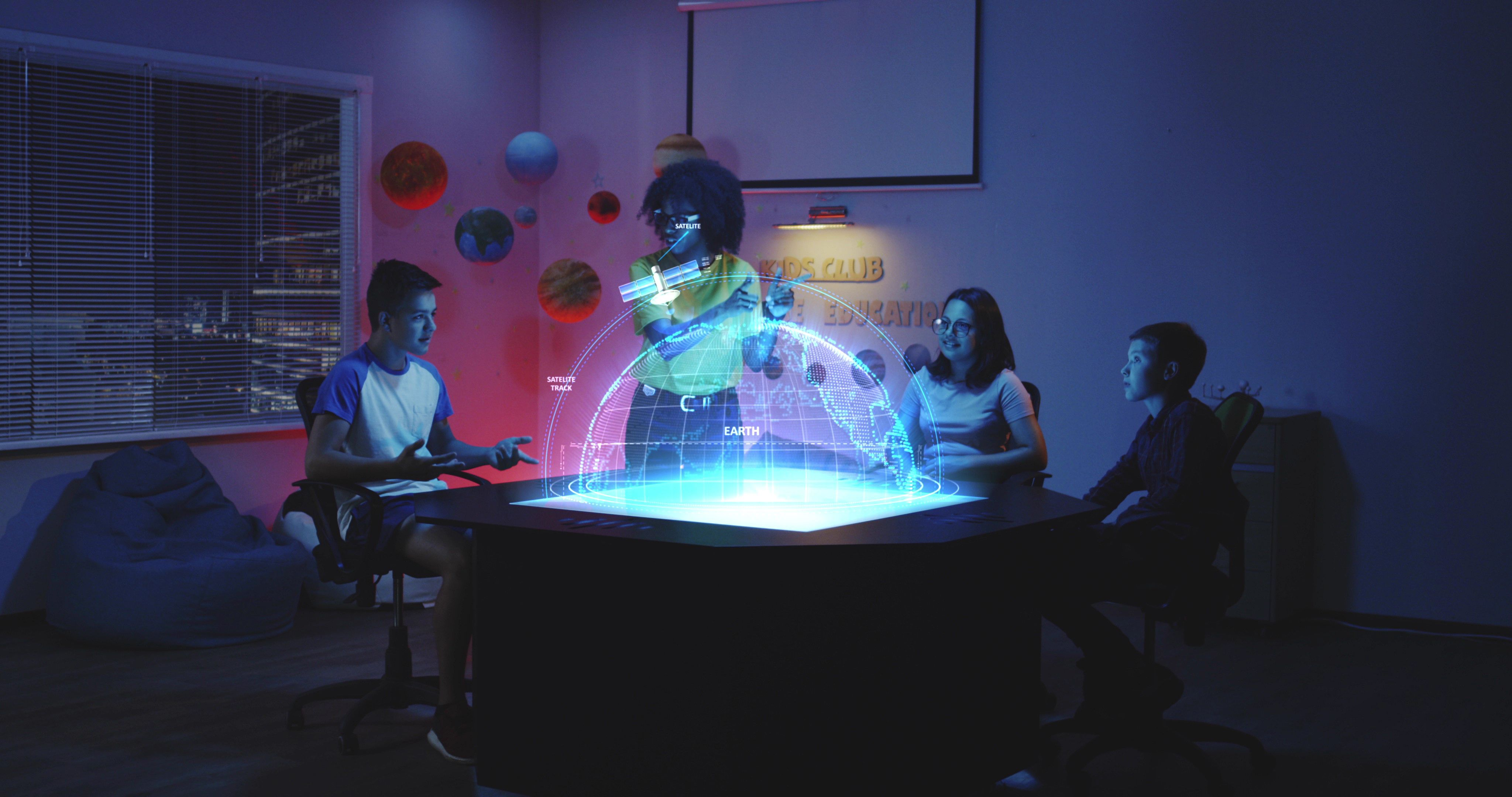 A New Way To Think About Hologram 3d Models Table Wall Hologram Hologram Technology Hologram Images