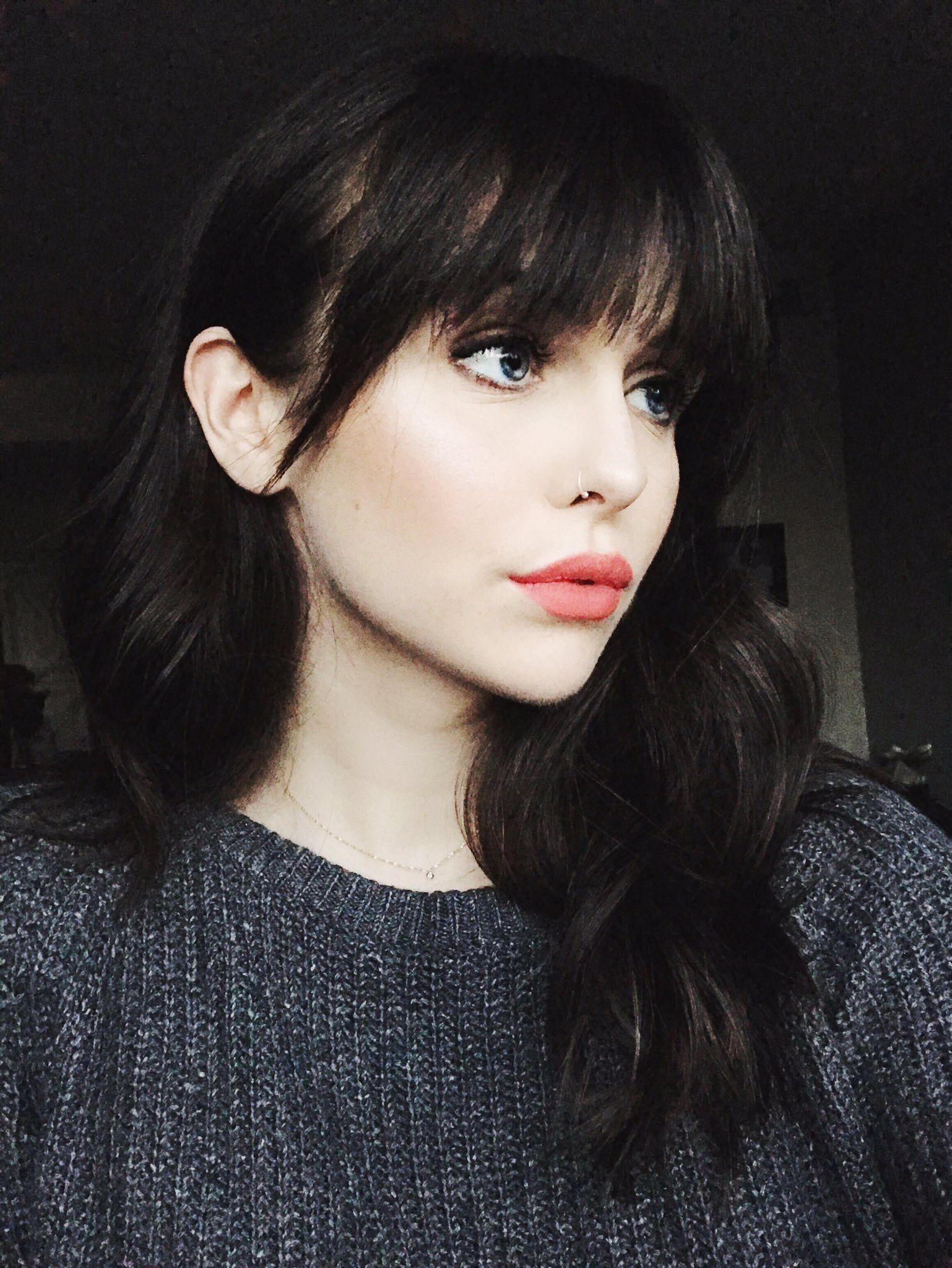 francesscaemma Hair pale skin, Black hair pale skin