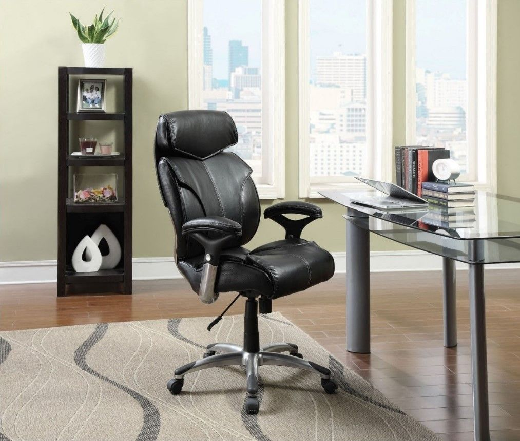 Choosing The Best Office Chair For Tall Person, No Matter What Size And  Shape,