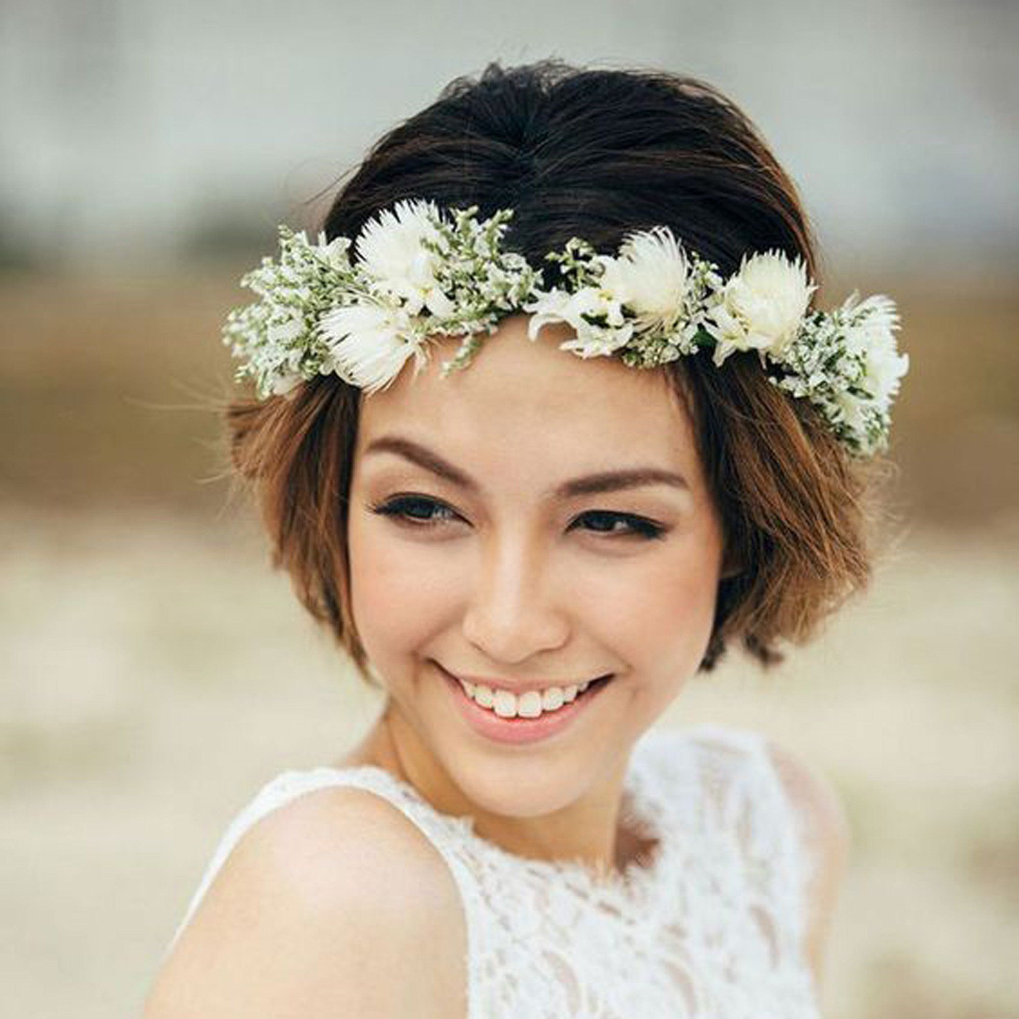 14 idées de coiffures de mariée pour cheveux courts