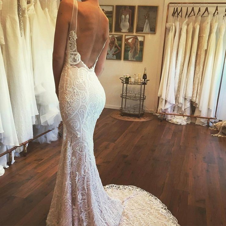 backless lace wedding dress #weddingdress #weddinggown #weddingdresses #laceweddingdress