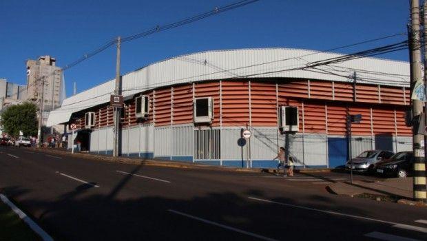 O ASSUNTO É!?: MPE determina que Prefeitura regularize lojas do C...