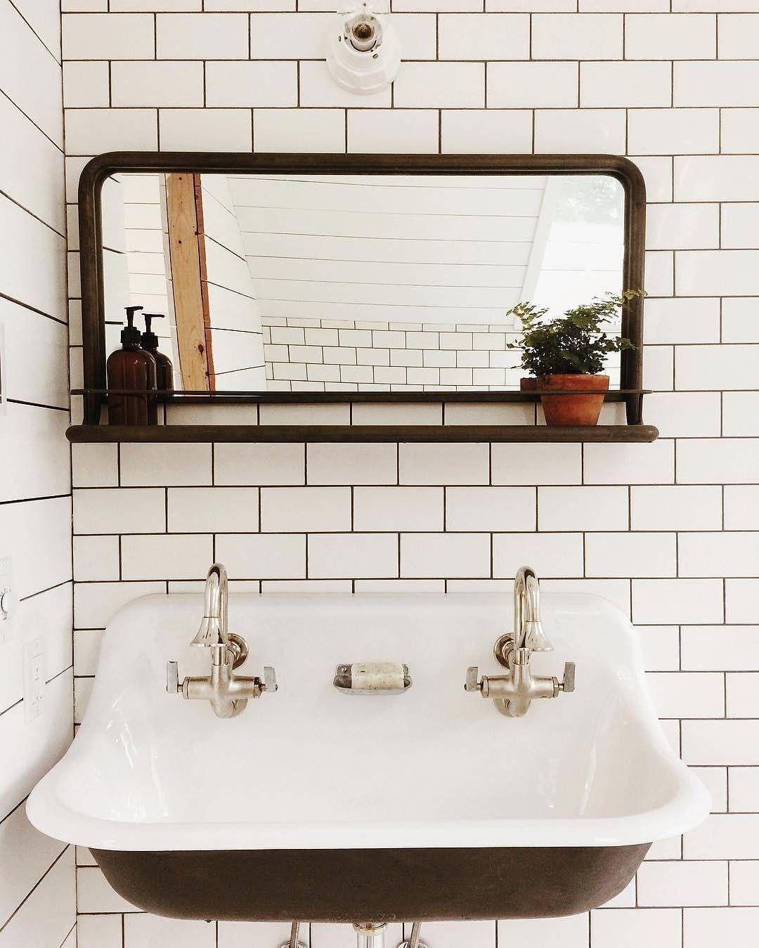 Clean Cool Norfolksconce Ceramiclighting Schoolhouseelectric Via Saraparsons Stylish Bathroom Vintage Bathroom Bathroom Decor