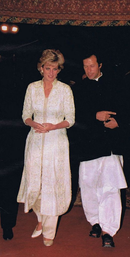 February 22, 1996: Princess Diana with Imran Khan at a restaurant in Lahore, Pakistan.