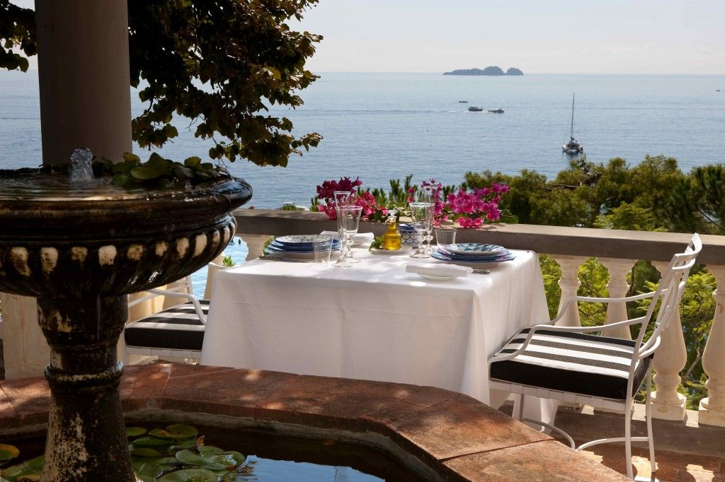 Terrazza Ristorante 5 Amalfi, Cameriere, Villa
