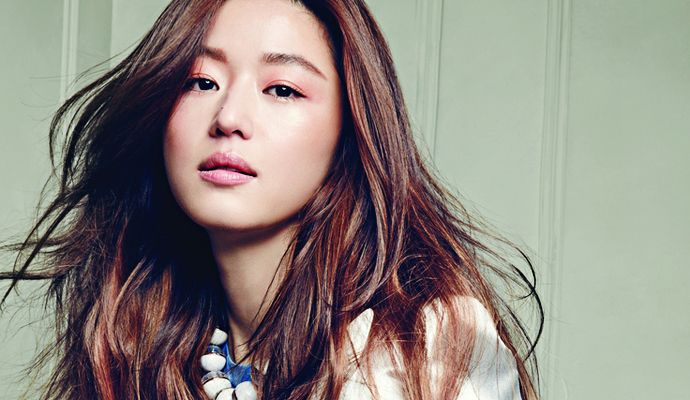 Jeon Ji Hyun's Interior Spreads From Harper's Bazaar China's May 2014 Issue