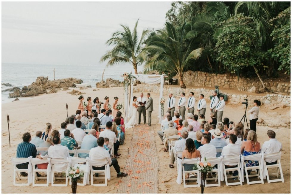 Las Caletas Wedding In Puerto Vallarta Mexico Mexican Destination Wedding On A Secluded Mexico Beach Photo Puerto Vallarta Vallarta Puerto Vallarta Mexico