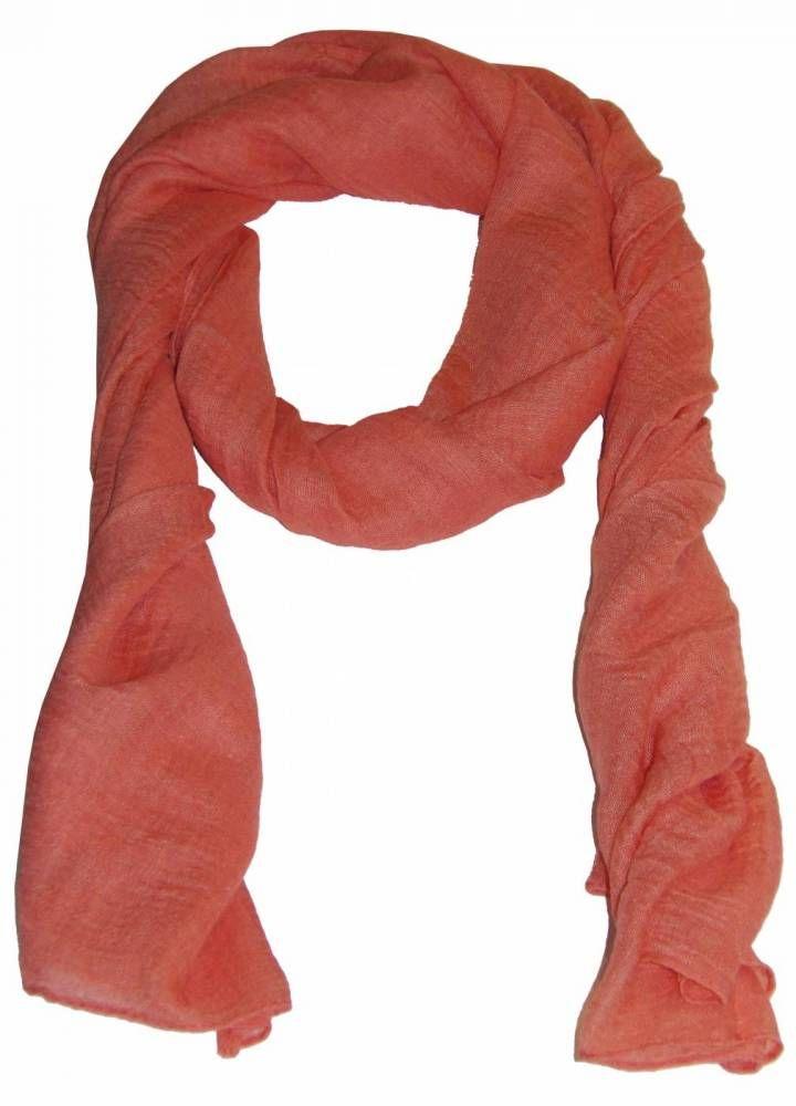 Meninas, esse echarpe parece até os quais as mulheres de hollywood usam ! #hollywood #echarpe #naak #top