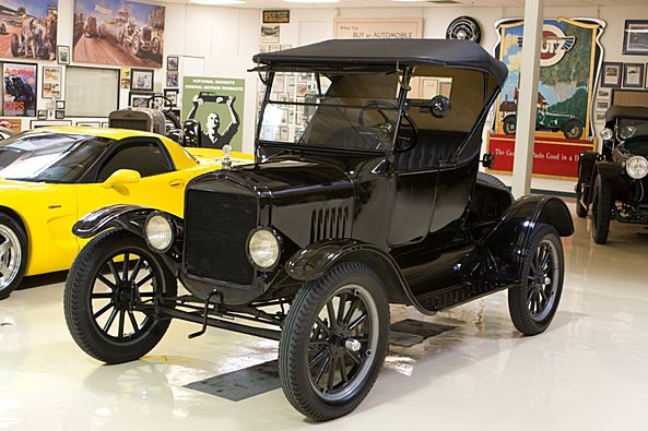 1925 Ford Model T Roadster From Jay Leno S Garage I Love Old Cars Jay Leno Garage Ford Models Leno