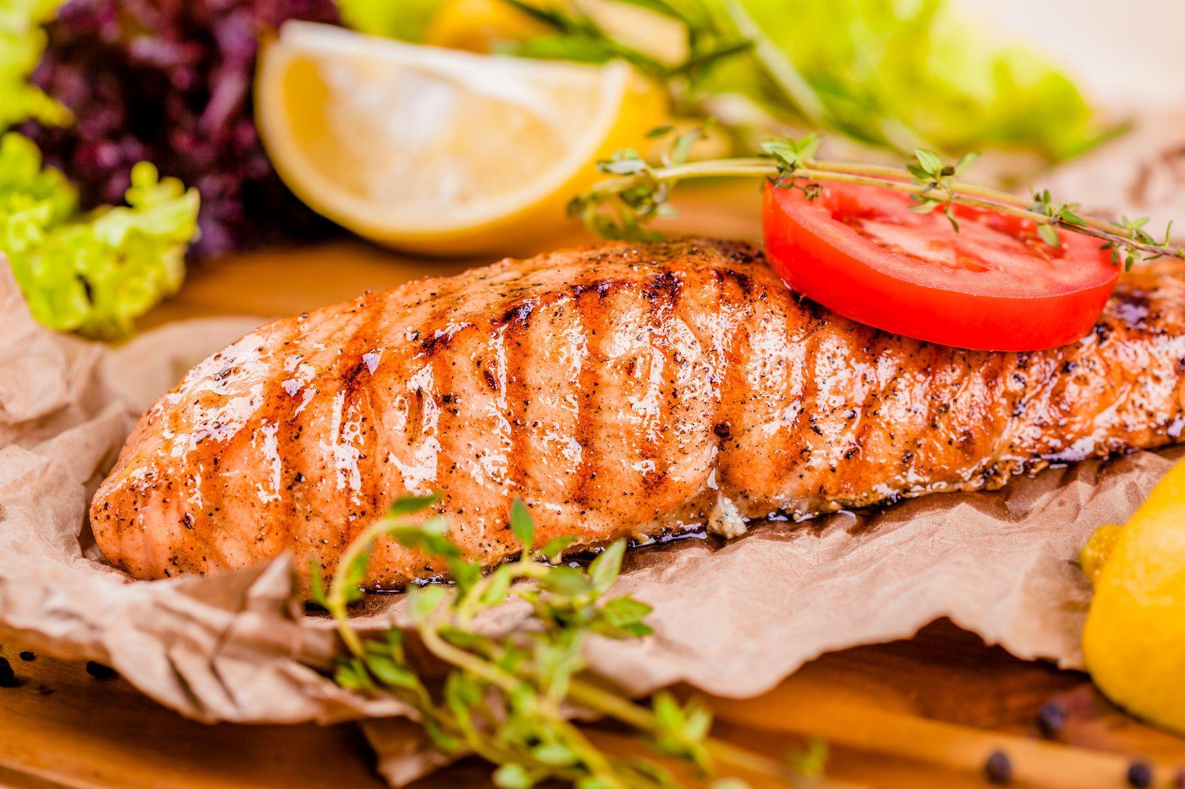 Saumon cuit au barbecue La cuisine de Doria