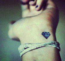 Diament Tatuaż Znaczenie Szukaj W Google Tattoo Pinterest