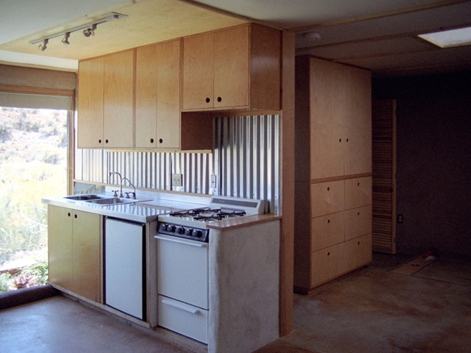 Best Plywood And Birch Kitchen Bedroom Cabinets Plywood 400 x 300