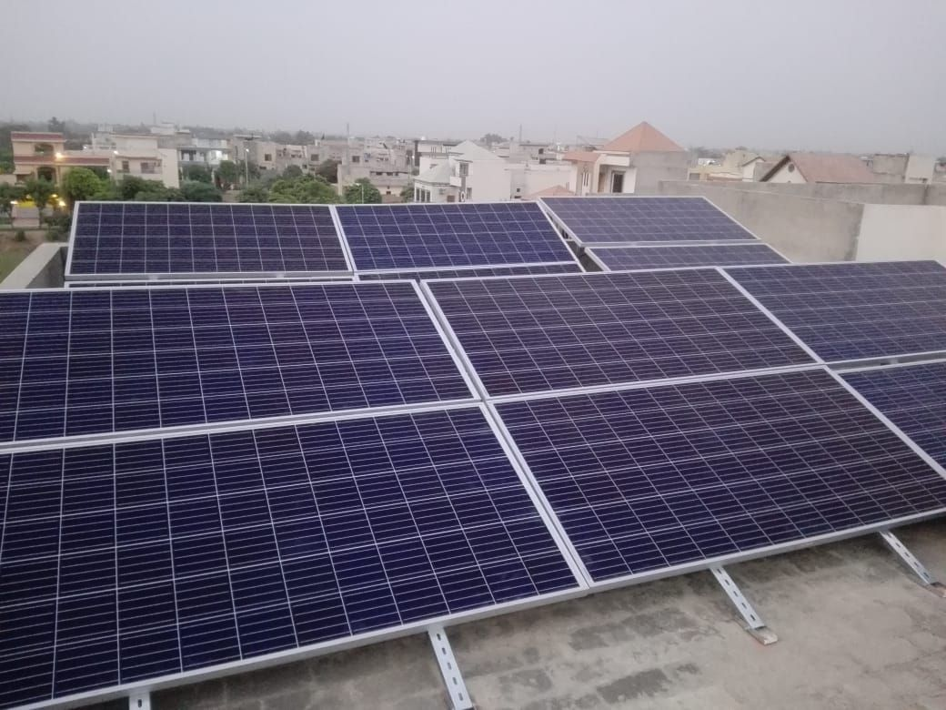 10kw System Installed In Lake City Solar Solutions For Your Home Offices Call Sms Whatsapp 0321 4850907 042 35400420 Solar Panels Solar Best Solar Panels
