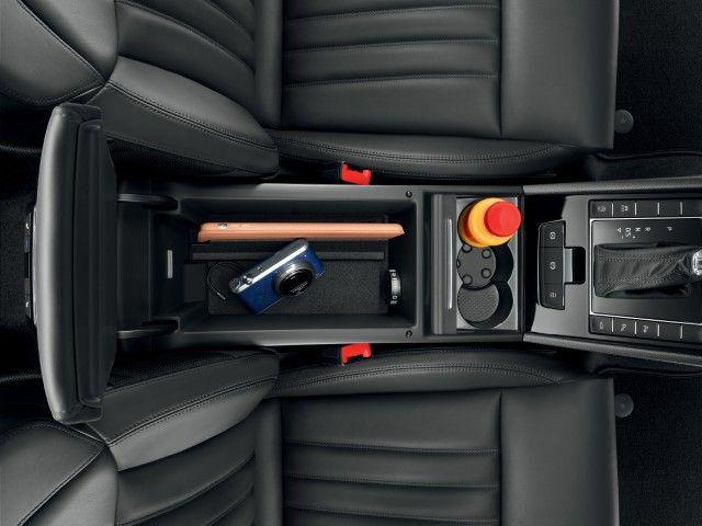 Jumbo Box Between The Front Seats Of 2016 Skoda Superb Is Well Lit