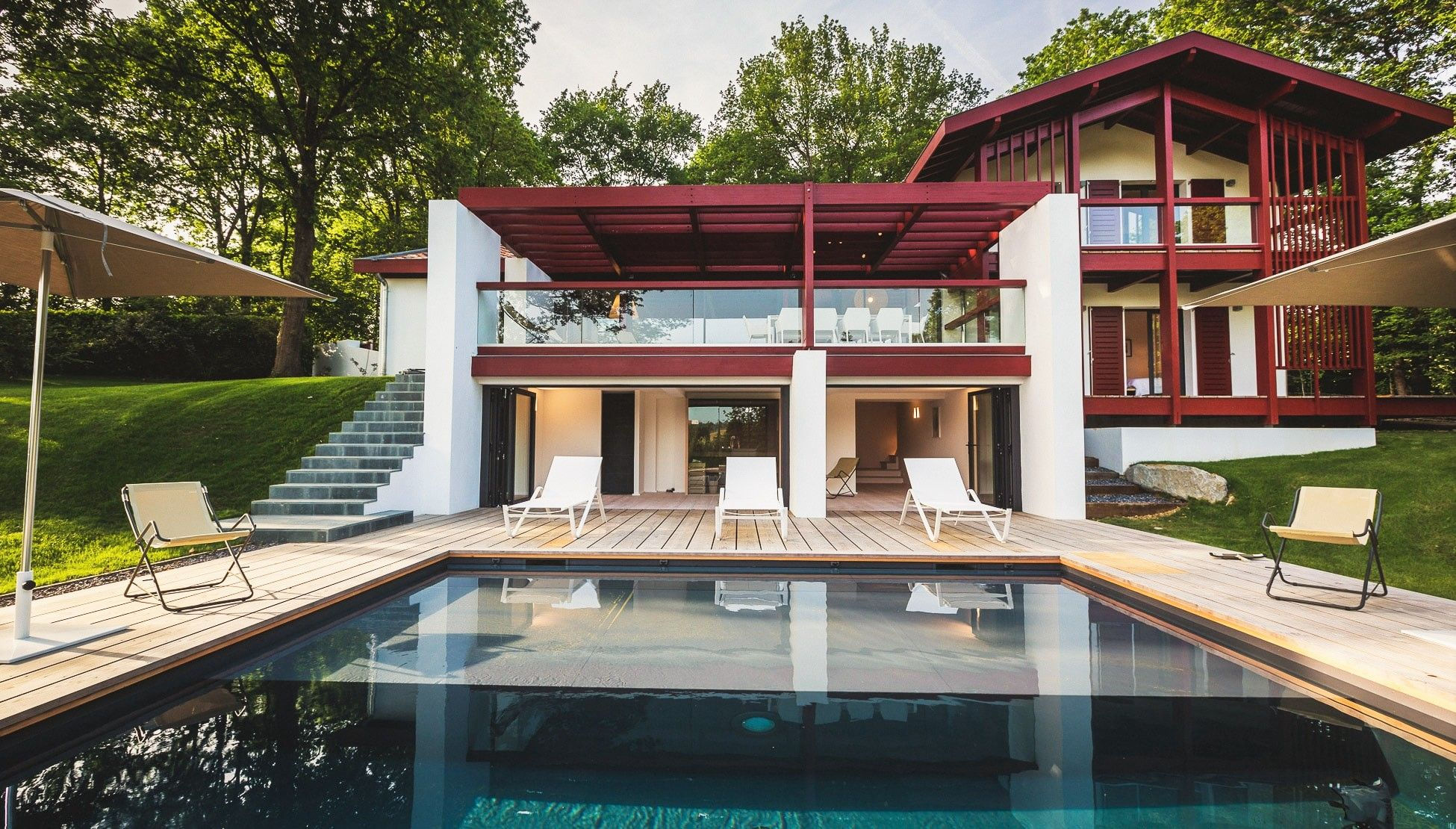 La Villa d\'Euskara - Maison | couleur maison | Villa, House styles ...