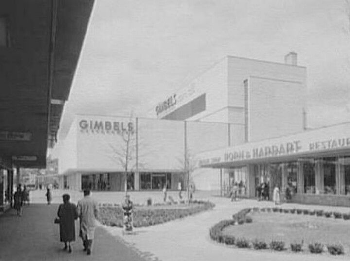 Carlingwood Mall Shoe Stores
