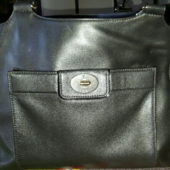 Kate Spade Purse USED black Kate Spade Purse.   Very clean I got it in February 2015 very rarely used it. kate spade Bags Satchels