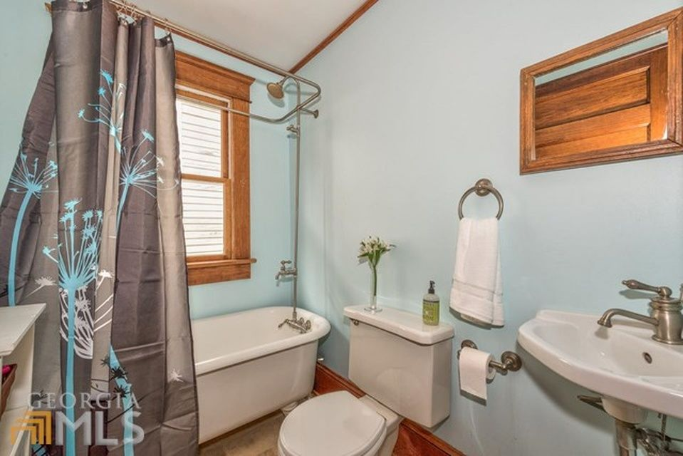 Zillow Has 13 Homes For Sale In Candler Park Atlanta View Listing Photos Review
