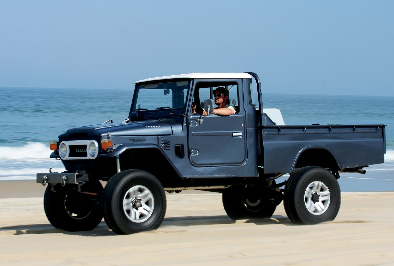 fj45 beach fj45 pinterest beach toyota and land cruiser. Black Bedroom Furniture Sets. Home Design Ideas