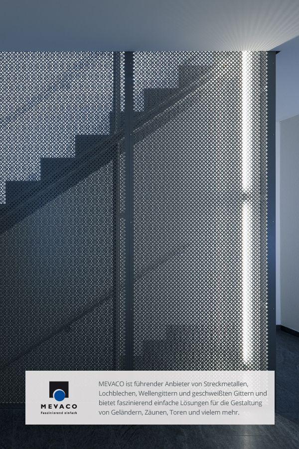 Die Architekten Rolf Gmür und Eugen Antón setzen auf zeitgemäße Formen und Materialien, um das Treppenhaus der Mehrfamilienhäusern als architektonisches Highlight hervorzuhaben. Mehr unter http://www.mevaco.de/fascination-14 #MEVACO #Treppenaufgang #Aluminium #Lochblech #FaszinationNo14