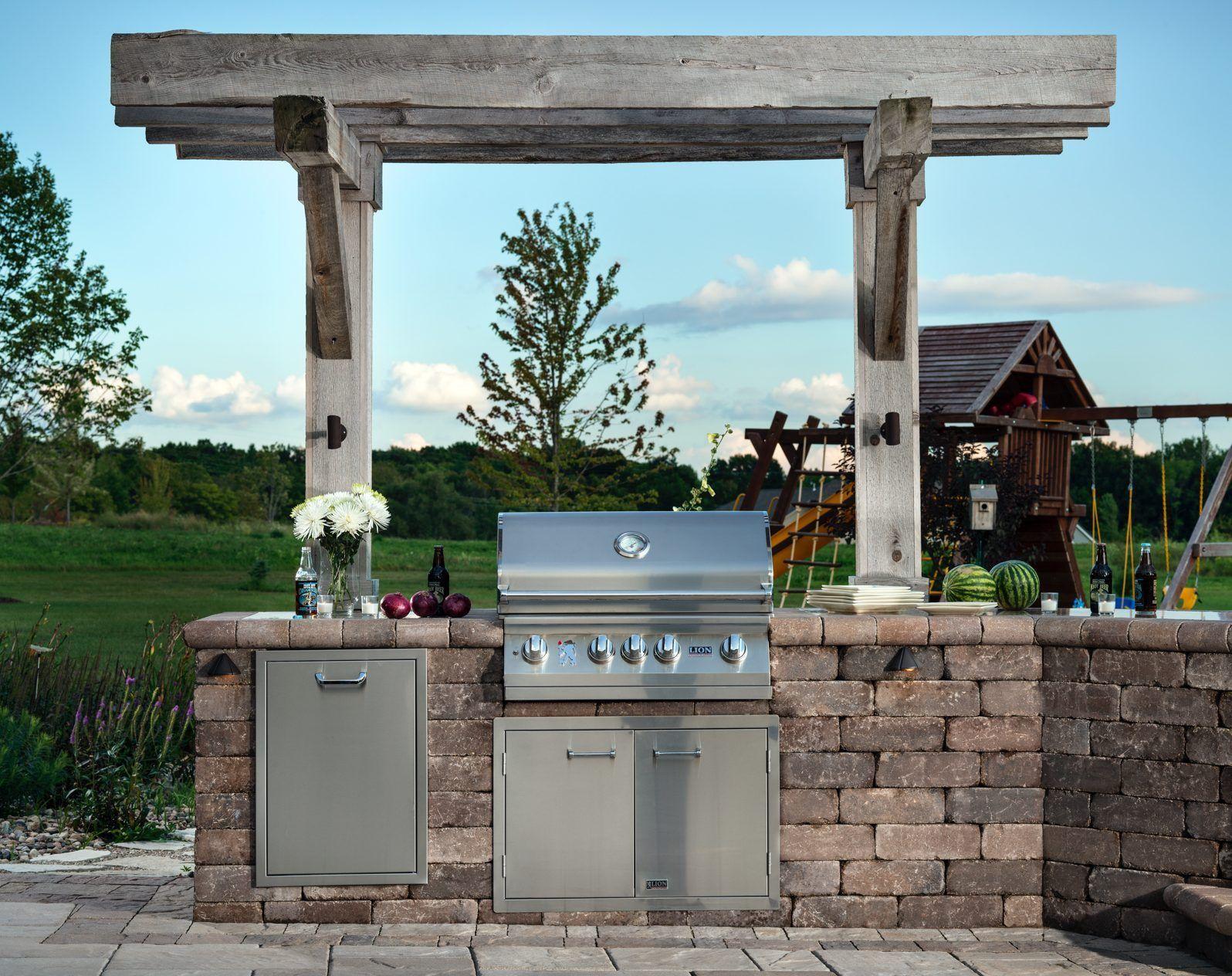 Built In Outdoor Grill Design Ideas Inspiration From Belgard Built In Outdoor Grill Outdoor Kitchen Design Outdoor Grill Island
