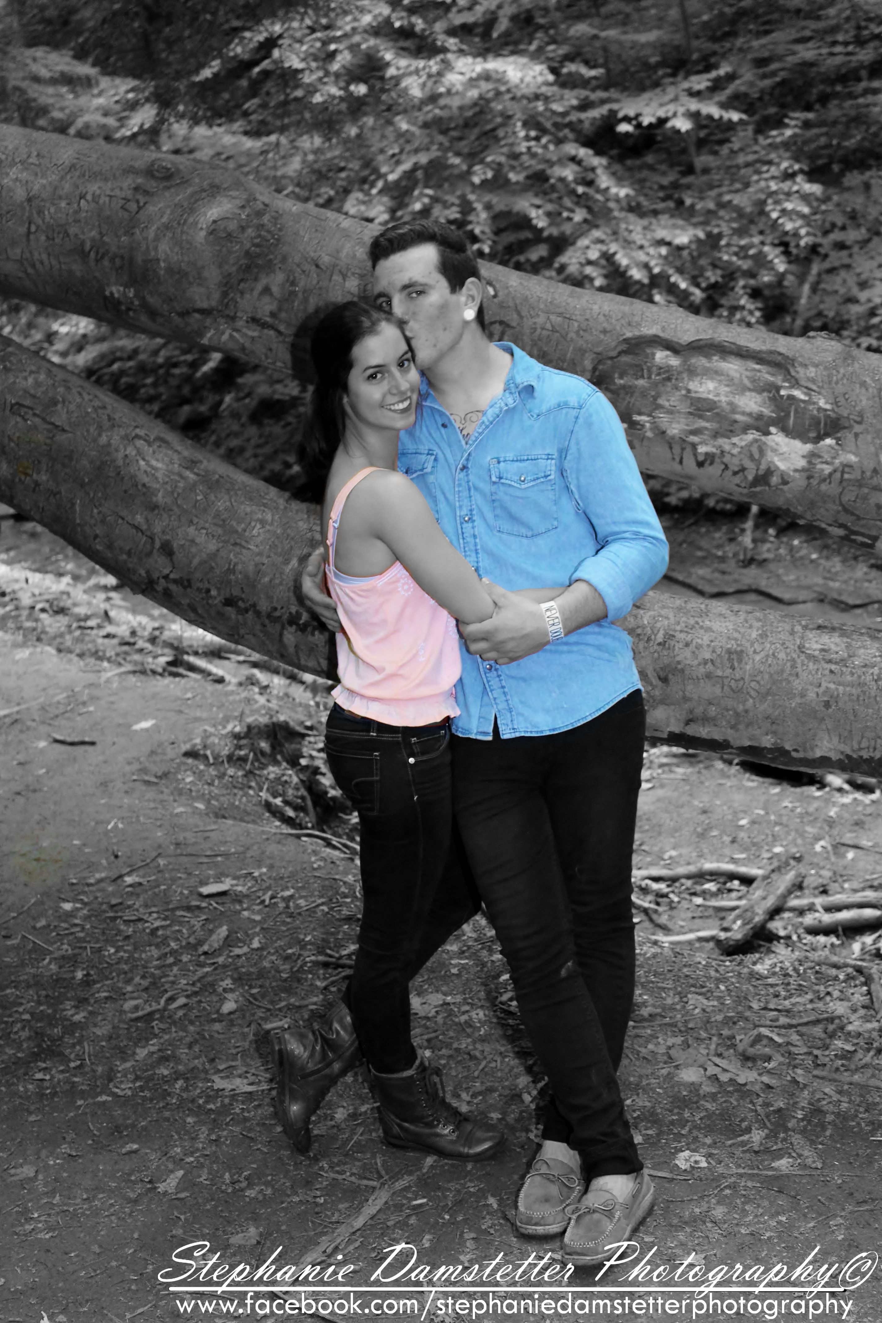 Couple Pictures Couple Boy Girl Adorable Cheek Kiss Pink