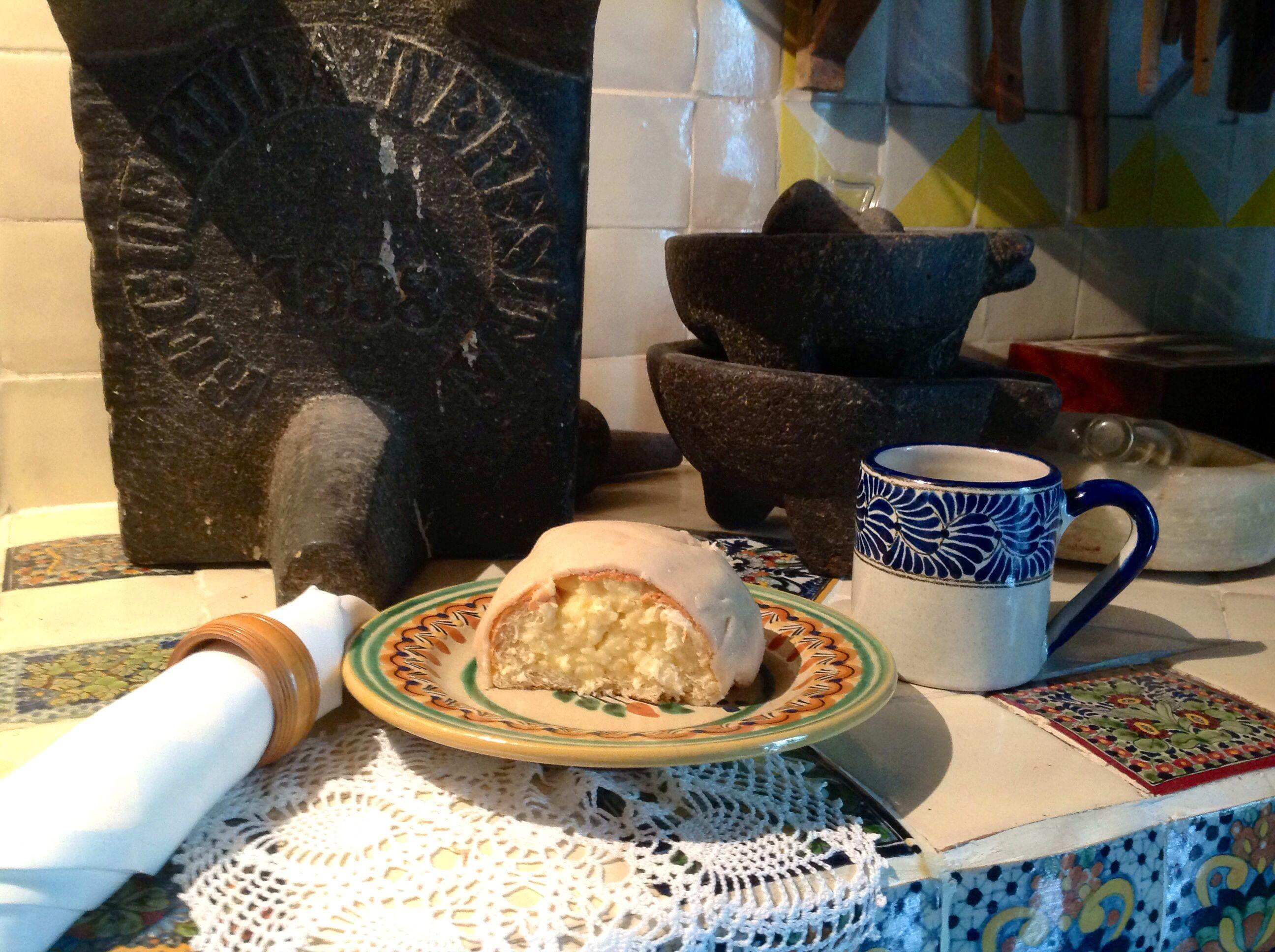 Bizcocho elevado con pulque y cubierto con mazapán de pepita de calabaza - typical Puebla sweet bread, leavened with pulque, La Quinta de San Antonio, Puebla, Mexico.